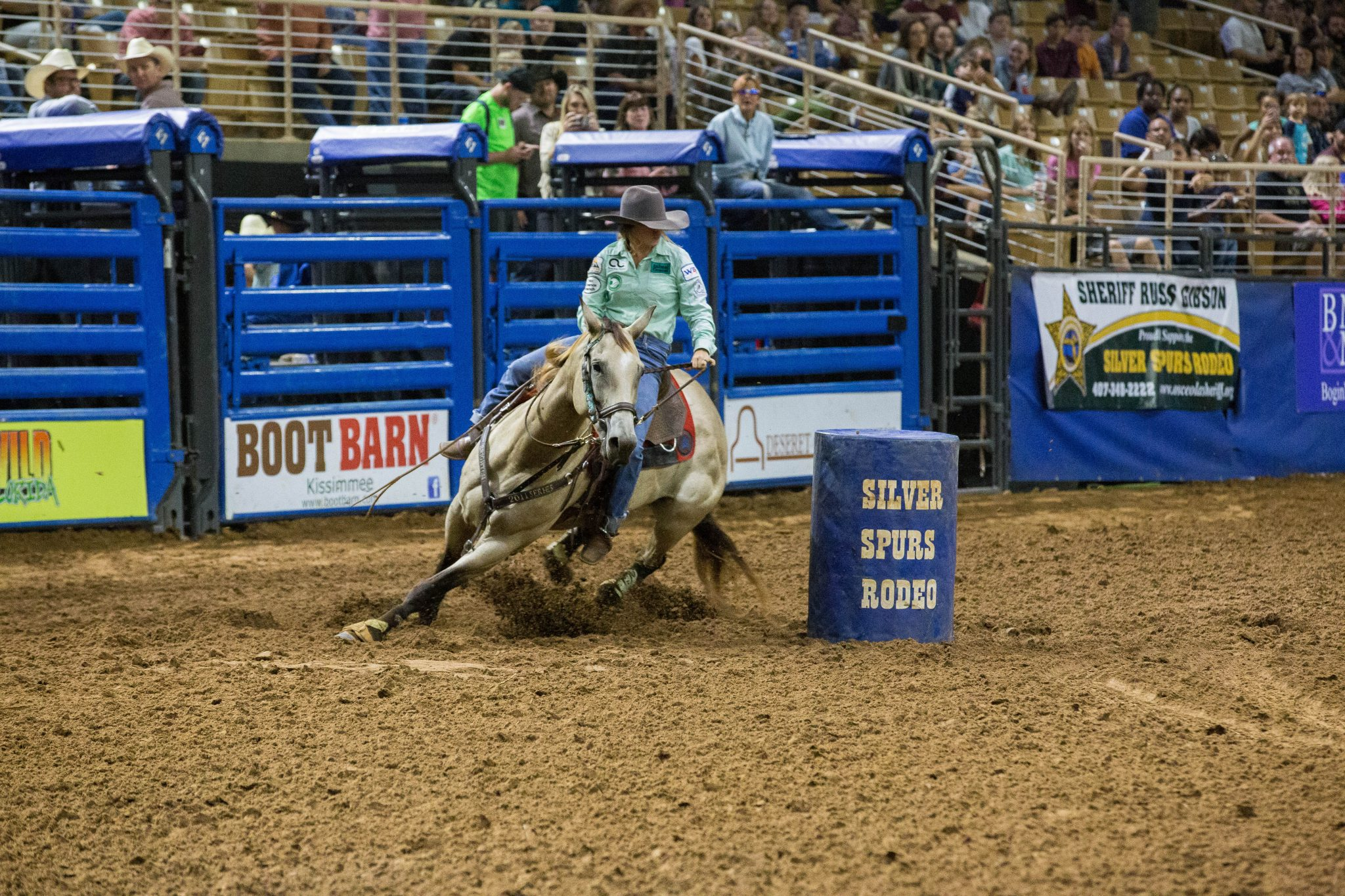 Barrel racing at the Silver Spurs Rodeo